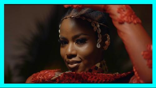 Yaw Berk ft. Kelvyn Boy & MzVee - Independent Lady Remix (Official Video)
