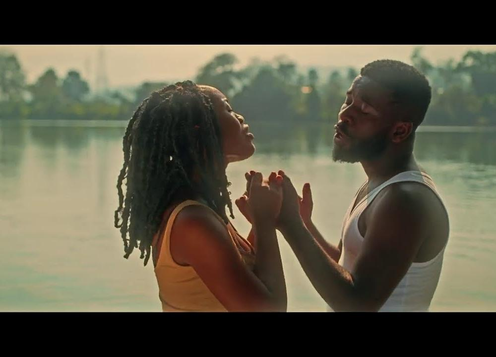 Bisa Kdei ft. Gyakie - Sika (Official Video)